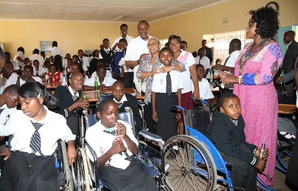 Photos: See Uhuru visiting with disabled students