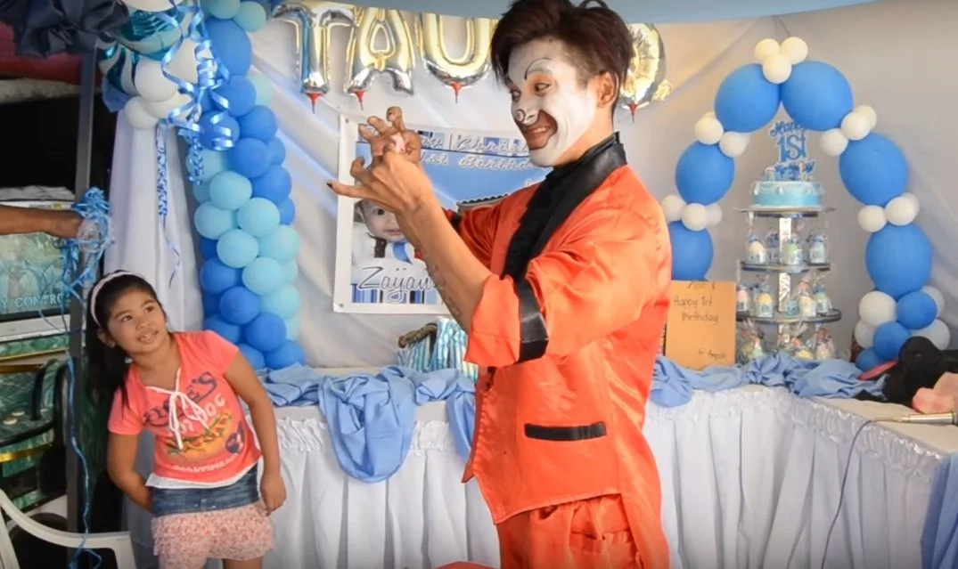 Clown went viral after video of epic magic tricks trended online