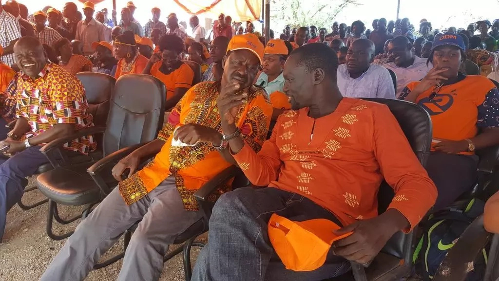 BREAKING: Armed youth invade Raila's rally in Turkana