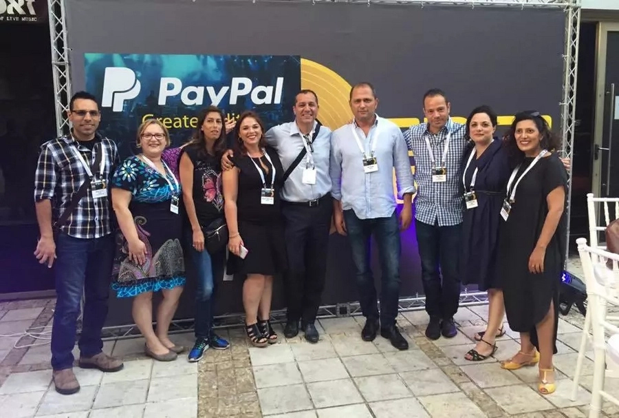 PayPal Holdings, Inc. (PYPL) added to 235 new portfolios