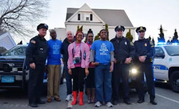 Police make heartwarming gesture in response to Kenyan woman's appeal on Autism Awareness Day (photos, video)