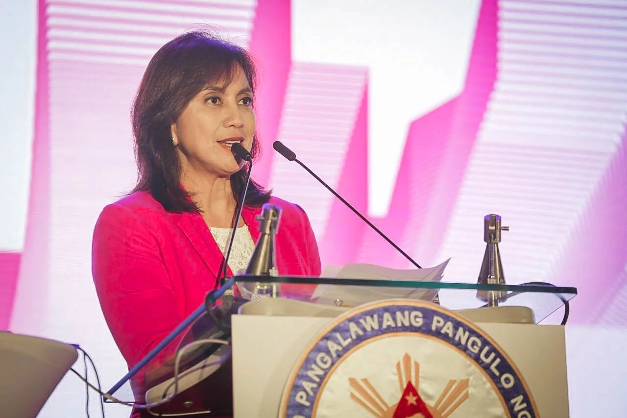 "Leni Robredo refers to Davao blast as ""senseless and criminal"""
