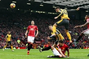 Arsenal break hearts of Manchester United fans