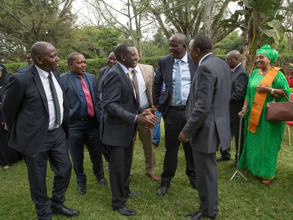 Uhuru Kenyatta begins his tour of Coast region