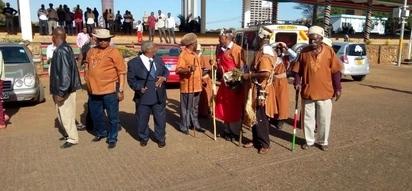 Kikuyu elders 'renovate' Uhuru Park with animal blood ahead of Raila swearing-in ceremony