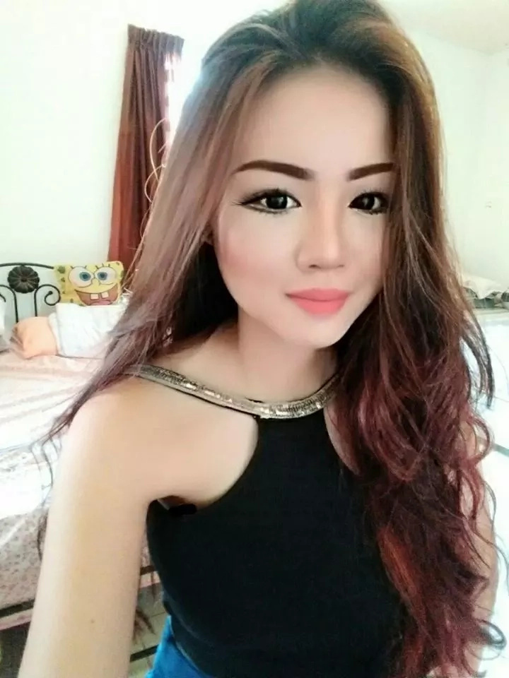 This Radiantly Alluring Lady Is Capturing The Hearts Of Everyone. She Is A Young Professional From Malaysia Mesmerizing The Hearts Of Men Online.