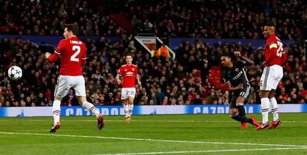Lukaku and Rashford fire Manchester United to victory against CSKA Moscow to top Group A
