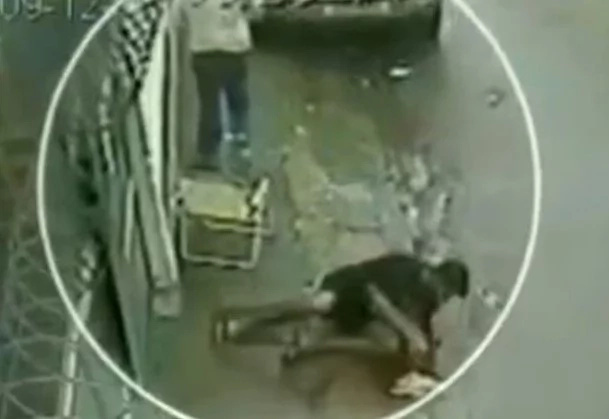 CCTV Captures Exact Moment A Man Is Shot In The Head (Raw Footage)