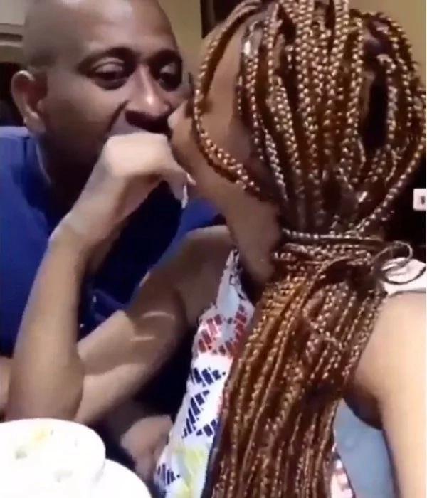Diamond Platinumz's new mpango wa kando Tunda captured kissing another sponsor