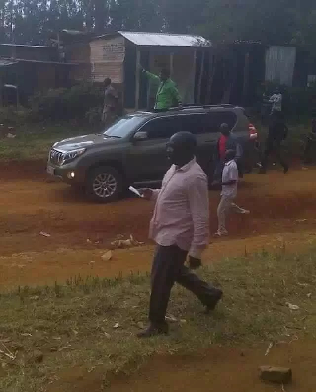 Wetangula 'waves to trees' as Kakamega residents boycott rally