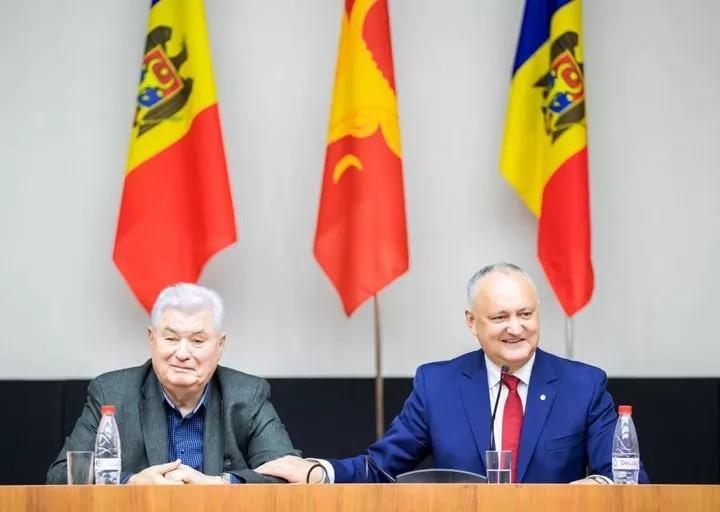 Igor Dodon l-a felicitat pe Vladimir Voronin cu ocazia zilei de naștere