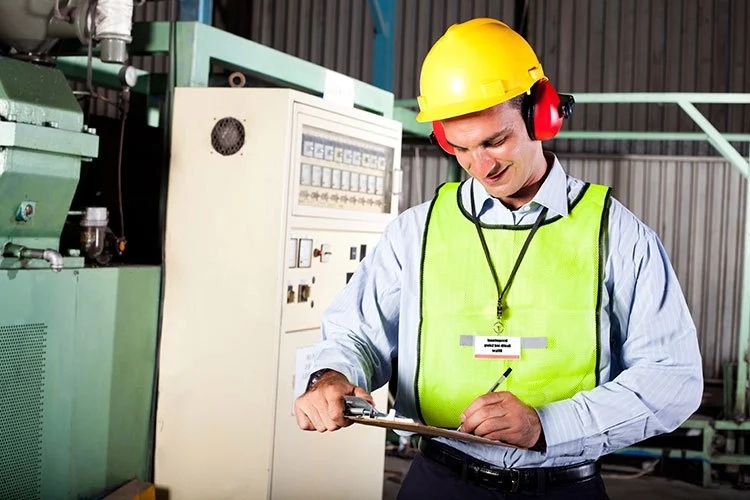 Occupational Health and Safety specialists – Job outlook, Career path, Skills requires & Salary