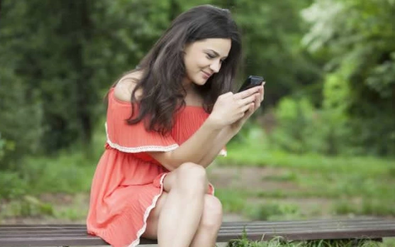 Lonely Singles WhatsApp Group Links For You ✓ Click Here To Join NOW!