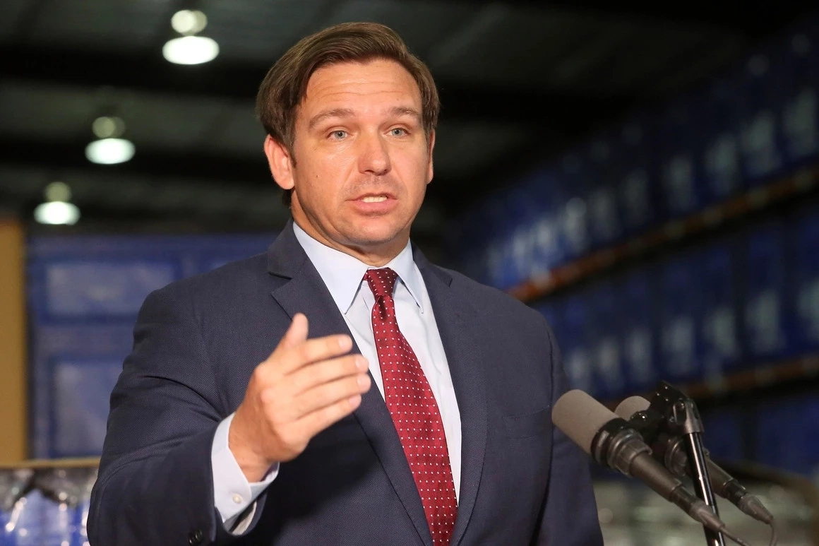 COVID-19 in Florida – Gov. Ron DeSantis ordered's the restrictions of movement for the next 30 days