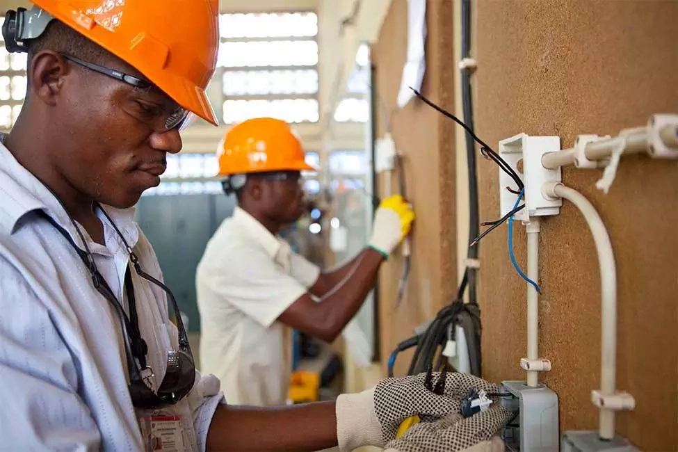 How To Become An Electrician In Nigeria