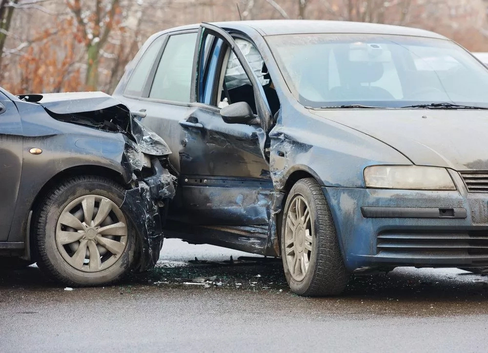 What is Side impact collision; Causes & its effects on the body