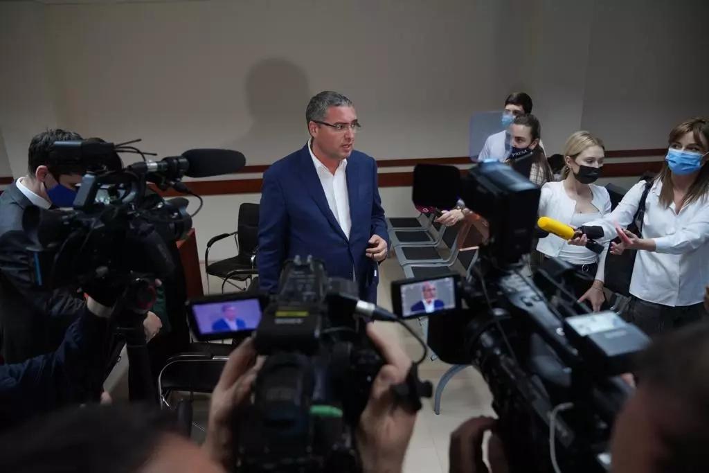 Renato Usatîi cheamă cetățenii din toată Moldova să vină în fața Curții de Apel Chișinău