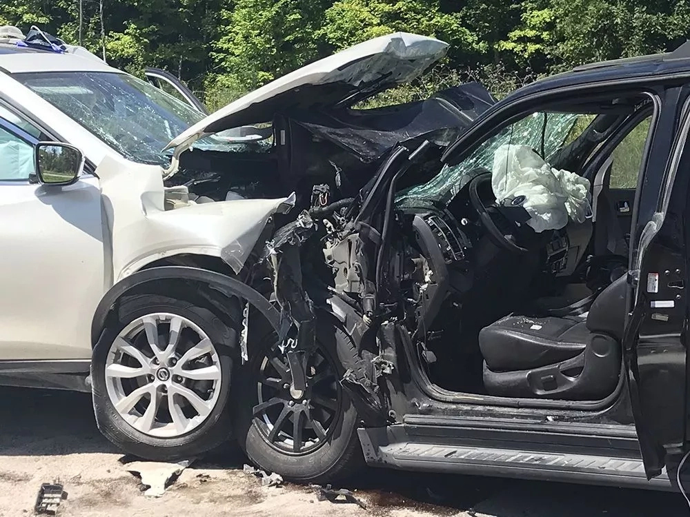 What is head on collision; causes and injuries associated with it