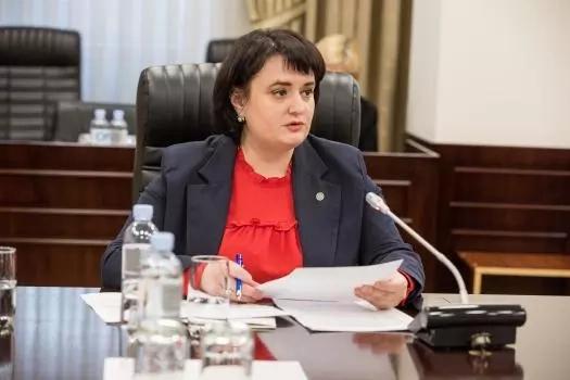 Viorica Dumbrăveanu, ministru al sănătății, muncii și protecției sociale