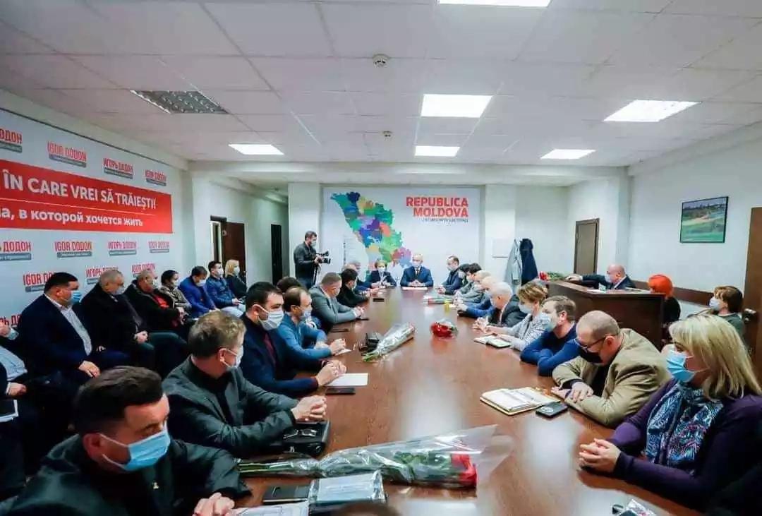 Deputații socialiști au propus ca Igor Dodon să revină la conducerea PSRM