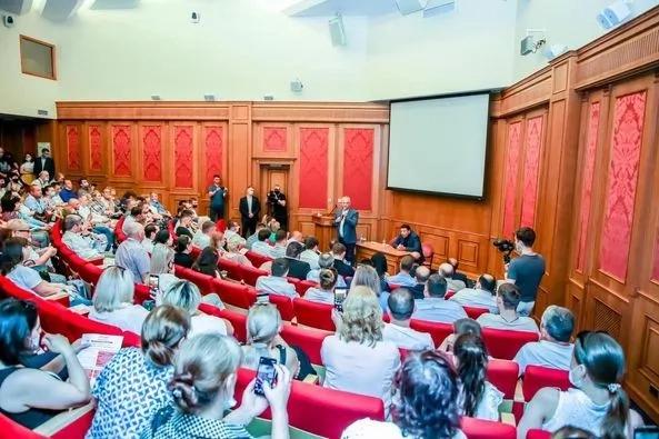 Igor Dodon s-a întâlnit cu diaspora moldovenească din Moscova