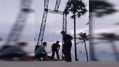 26 жаслы акробат шынығыў ўақтында мойнын сындырып алды (видео)