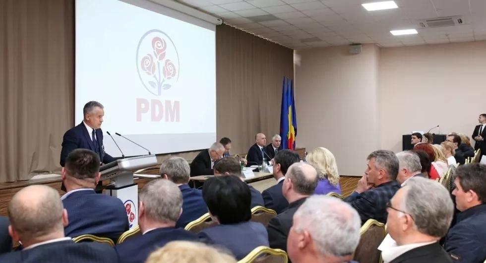 Consiliul Politic Național al PDM a reafirmat determinarea democraților de a continua reforma clasei politice din Moldova