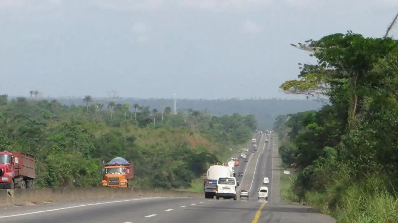 Sagamu-Benin Expressway accident; 9 killed, 3 injured
