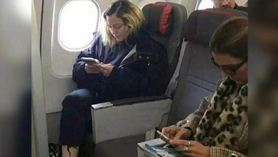 Мадоннаны самолёттиң эконом-класынан көрип көпшилик ҳайран қалды